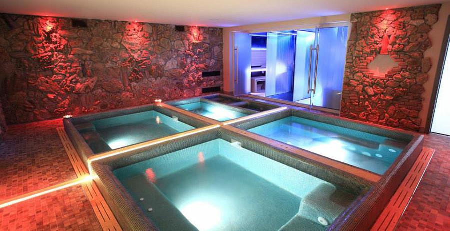 Piscine della spa Inghirios